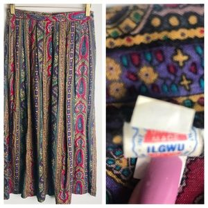 ILGWU-Vintage 70's Paisley maxi skirt in size 5/6